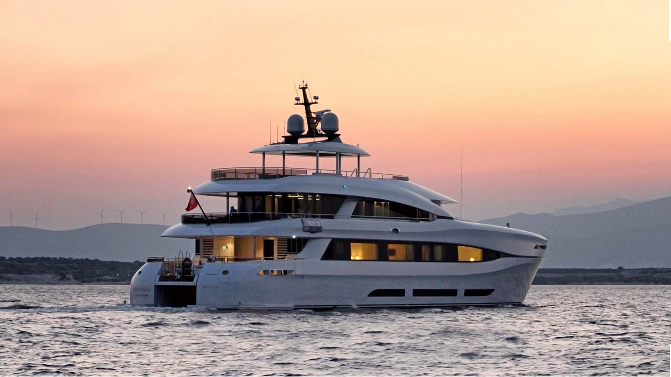 Curvelle Luxury Power Catamarans.